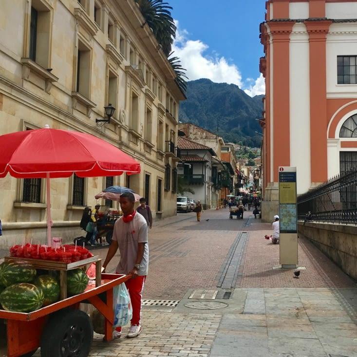 Pastèque ambulante sur la place Bolivar