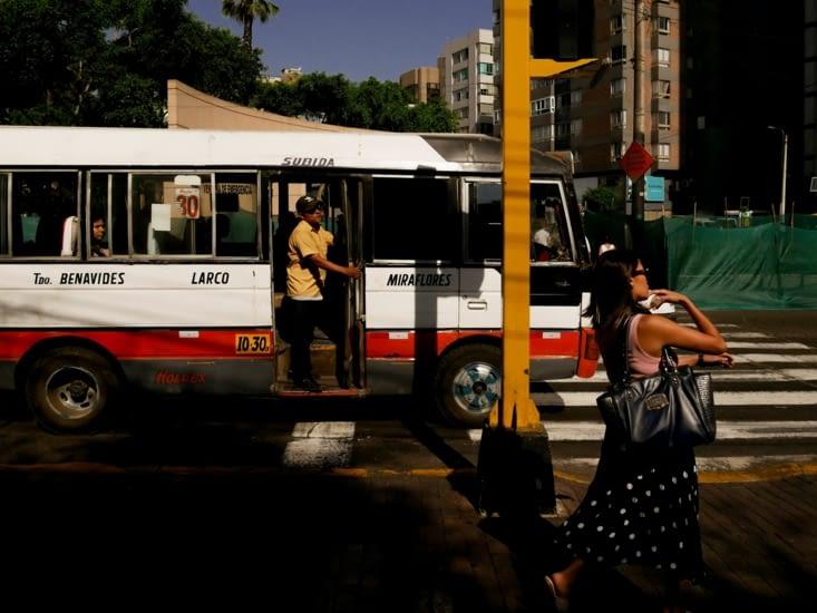 Lima - Ici pas besoin d'avoir une voture tellement il y a de bus et de taxis !