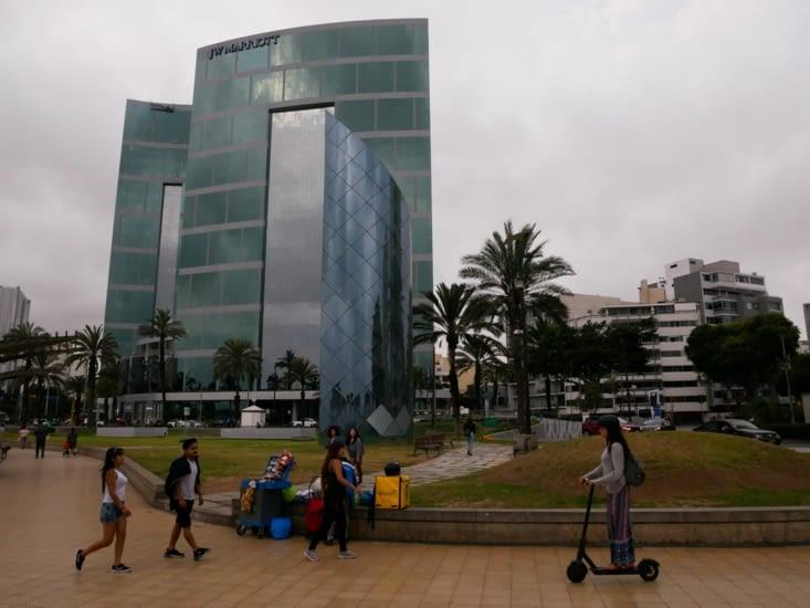 Miraflores - Quartier très moderne de Lima