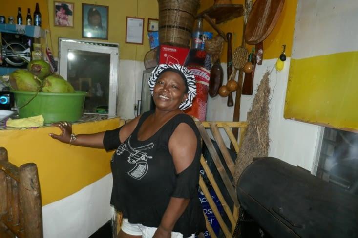 Au coeur du village Garifuna, magnifique repas chez Marie!