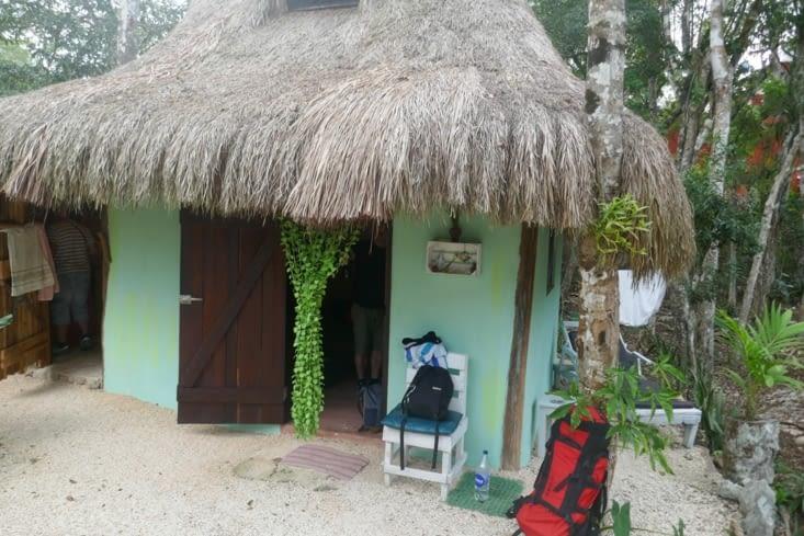 Les bagages sont prêts, on quitte notre « cabanas» de Corason de Selva