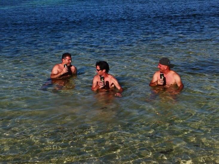 Pour le fun, on sirote une petite bière. On est bien ici!