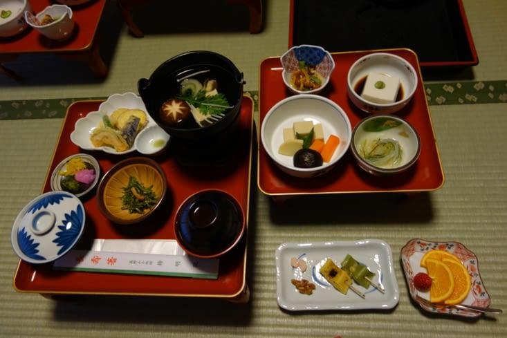 """Festin végétarien : la cuisine bouddhique """"shôjin ryôri"""" est répandue dans les temples zen"""