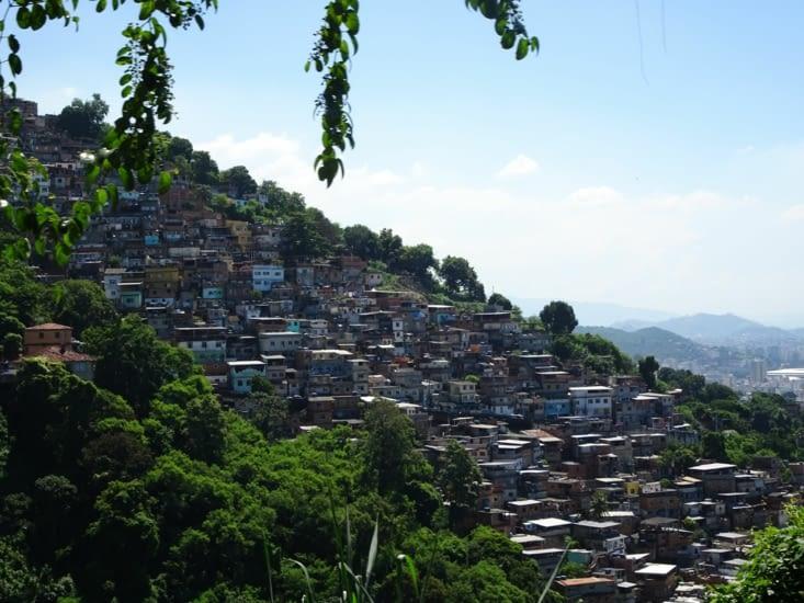 Quand ça grimpe c'est une favela.... on évite d'y aller