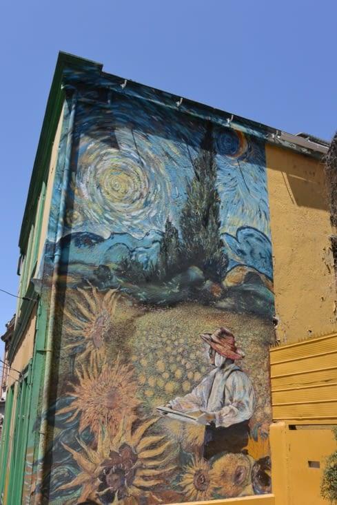 Street art proche de notre hôtel (un petit air de Van Gogh)