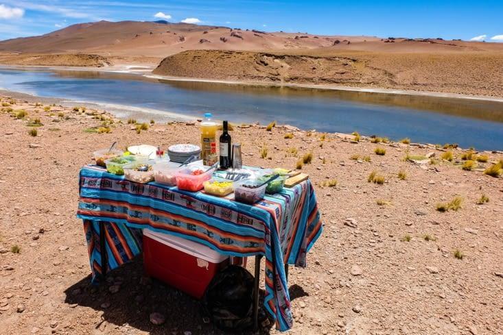 La route des salars - un canyon du Laguna Quisquiro, c'est l'heure du lunch !
