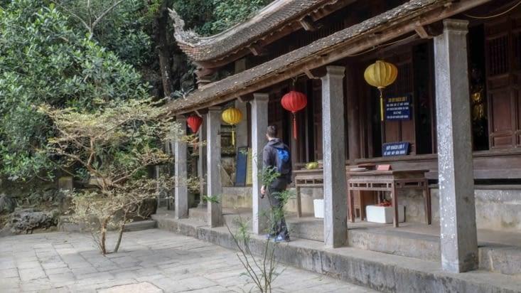 Un des temples de Bich Dong
