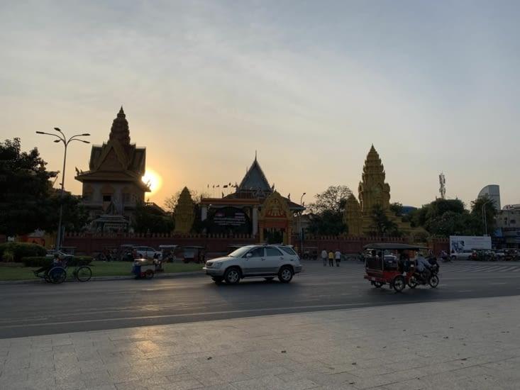 Soleil couchant sur Phnom Penh