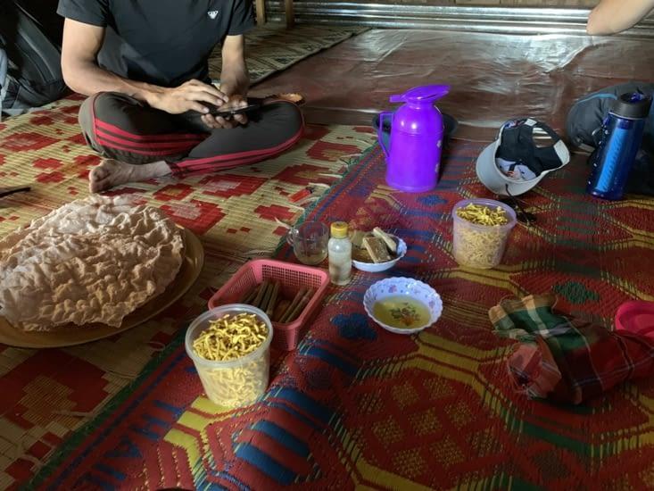 Galettes de riz, crakers de haricots, cigares