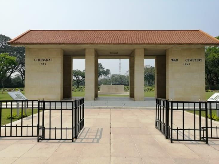 Encore un cimetière militaire...
