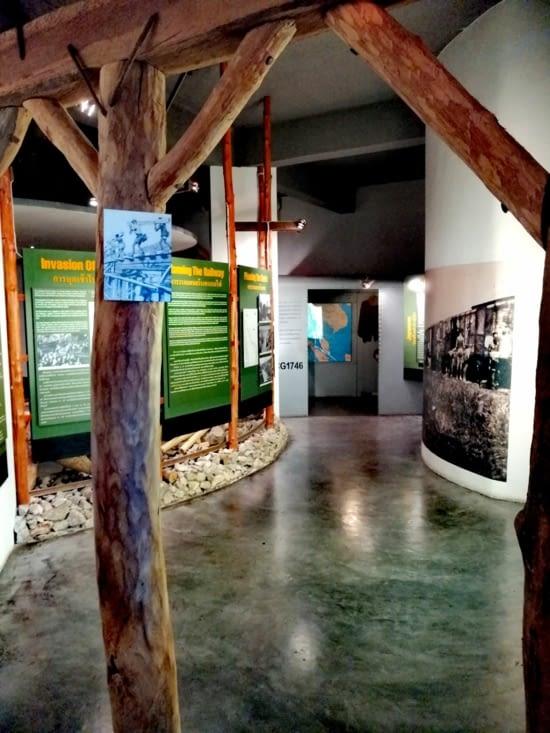 Émouvant musée des travailleurs forcés de la ligne Thaïlande-Birmanie.