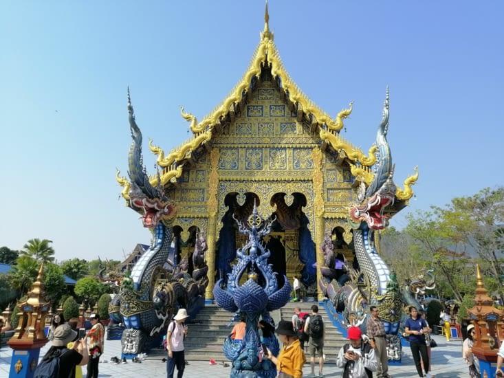 Le blue temple.