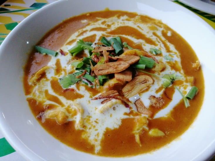 ... Accompagnés d'un curry à la crème de coco.