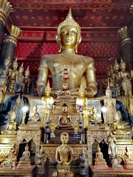 L'intérieur du Wat Maï.
