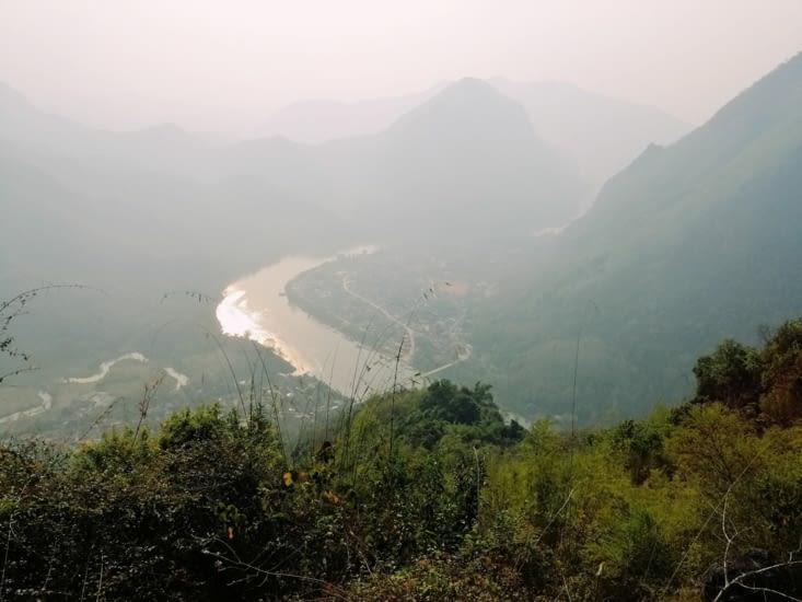 Point de vue sur Nong Khiaw.