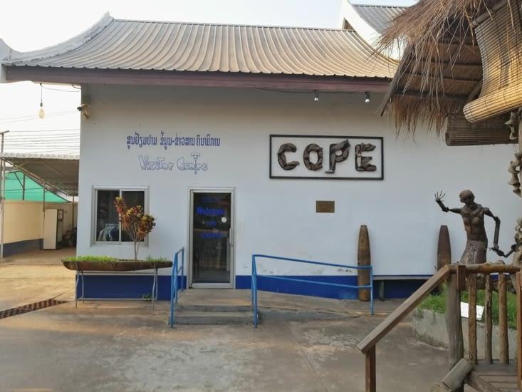 La COPE, une ONG qui vient en aide aux victimes des bombes américaines.