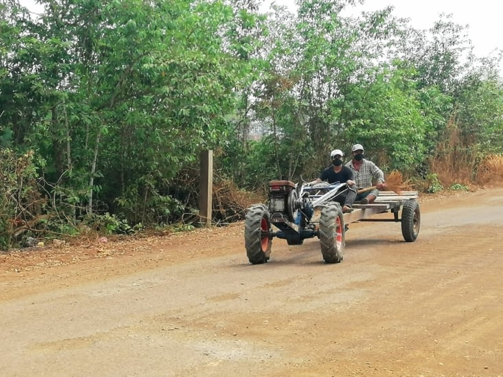 Tracteur cambodgien.