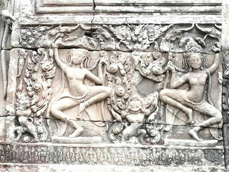 Envoûtantes Apsaras.