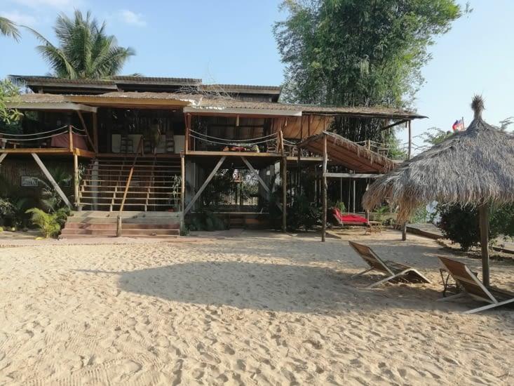 Le Sabay Beach.
