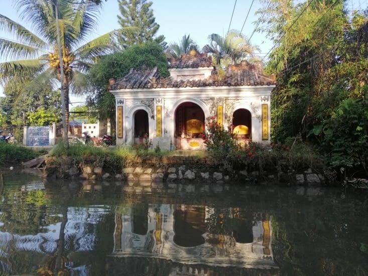 Temple isolé.