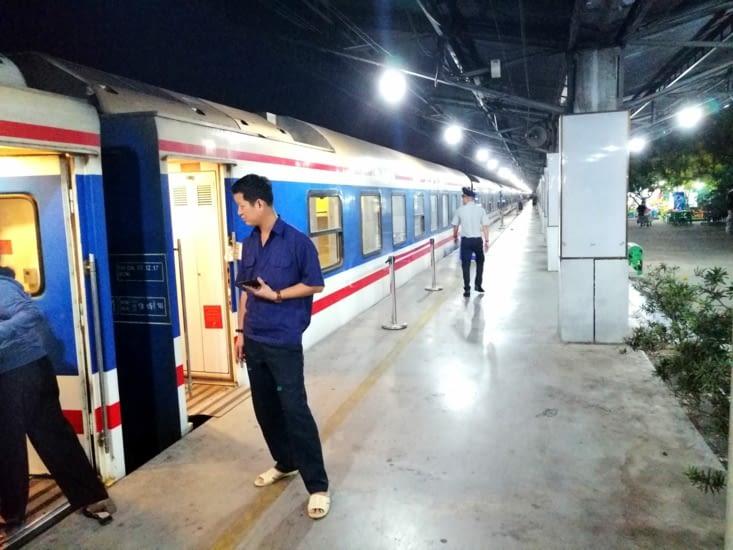 Un train de nuit pour Hoi Han.