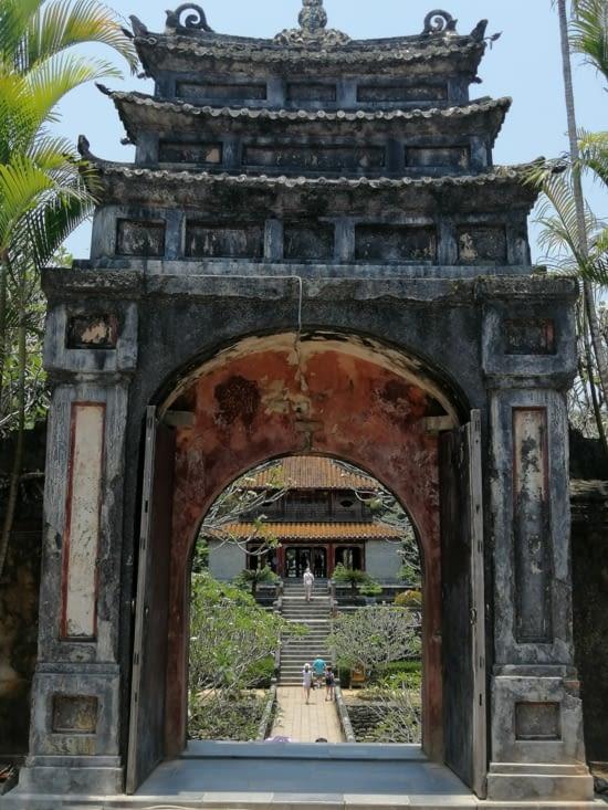 Deuxième étape : le tombeau de Minh Mang (1820-1840)