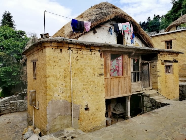 Azheke, village champignon.