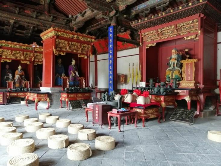 Dans le temple de Confucius