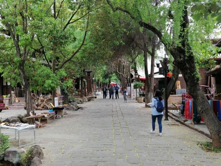 La rue principale.