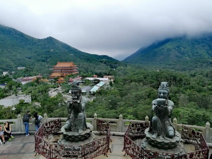Le monastère de Po Lin.