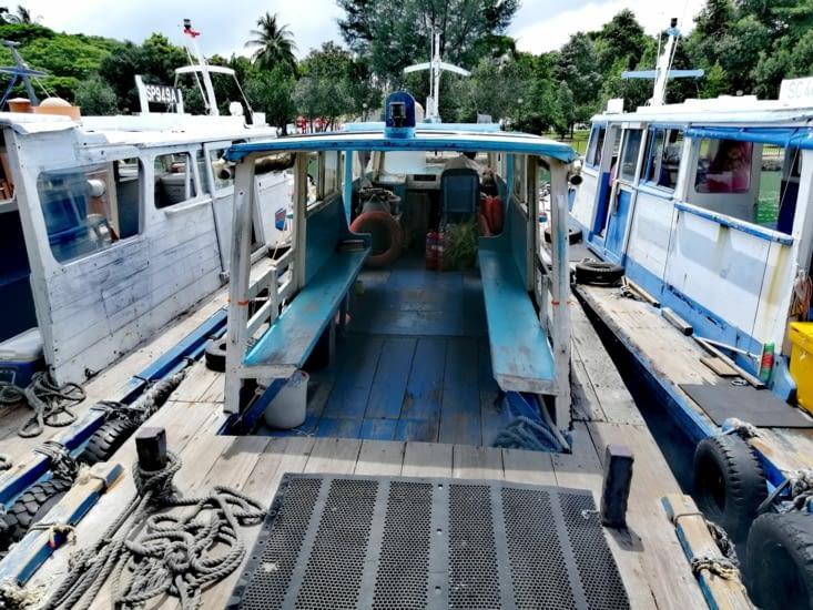 Embarquement pour l'île de Pulau Ubin.