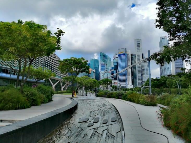 L'arrivée sur Marina Bay, le cœur de la ville.