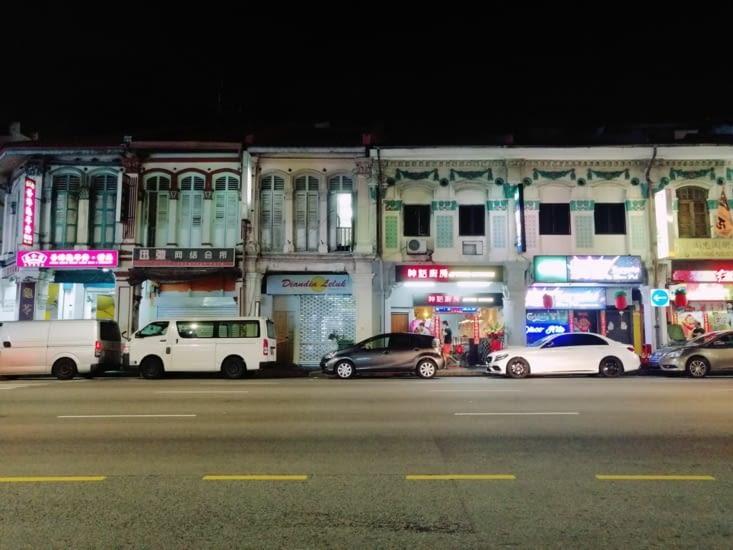 Maisons colorées du quartier de Geylang.