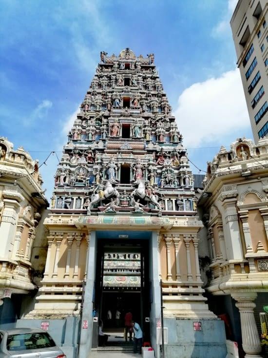 Le Sri Mahamaramman temple.