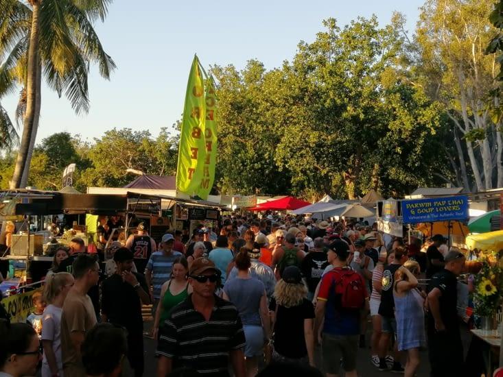 Le marché du dimanche à Mindil Beach.