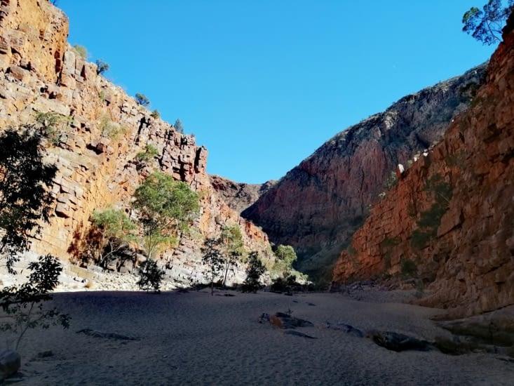 Ormiston gorge, falaises pourpres
