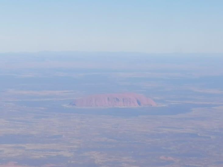 Vol au-dessus d'Uluru