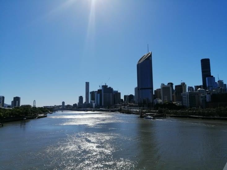 La ville depuis le pont piétonnier