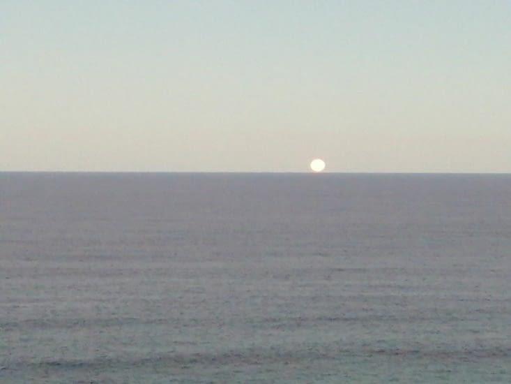 Sublime levé de lune...à 17h30!