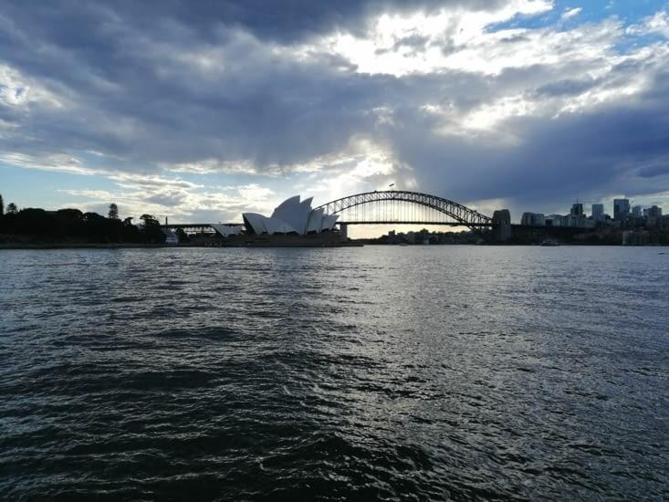 L'Opéra et le Harbour Bridge, depuis les quais.