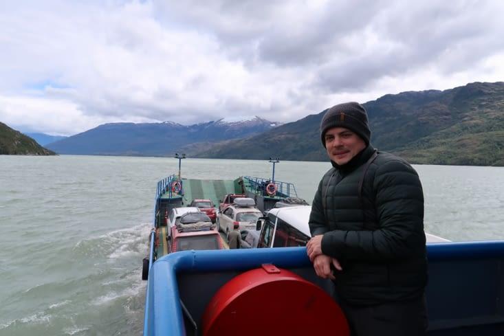 Trajet Villa O'Higgins - Cochrane : Bus sur la bateau