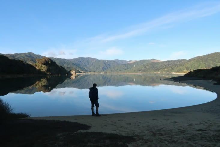 Début de la randonnée dans le parc Abel Tasman