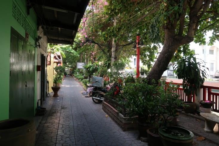 Le long du Khlong Rop Krung
