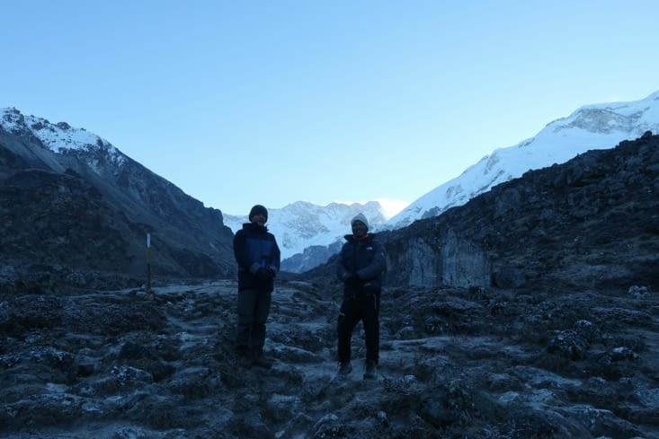 En route pour le Kachengjunga à l'aube