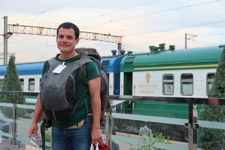 En route pour Khiva en train de nuit avec notre diner et petit déjeuner dans le sac