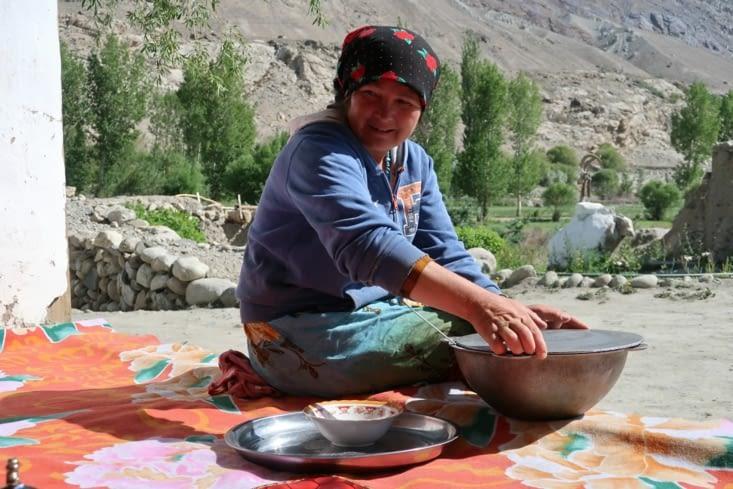 Notre hôte de la Pamir Guesthouse à Namadgut