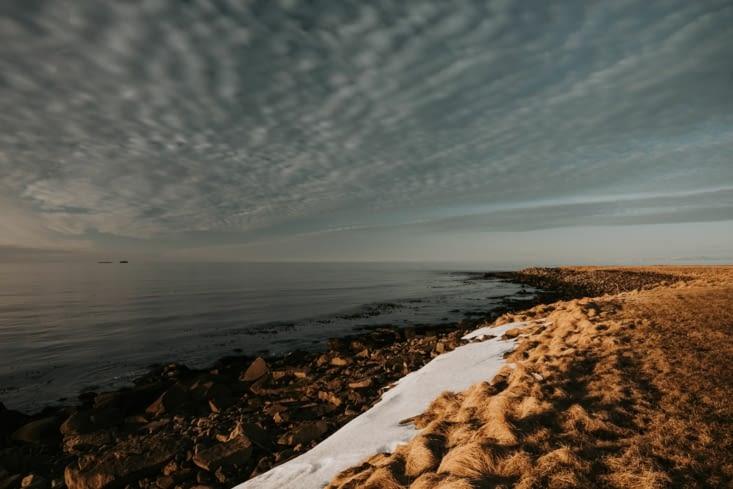Au bord de la côte