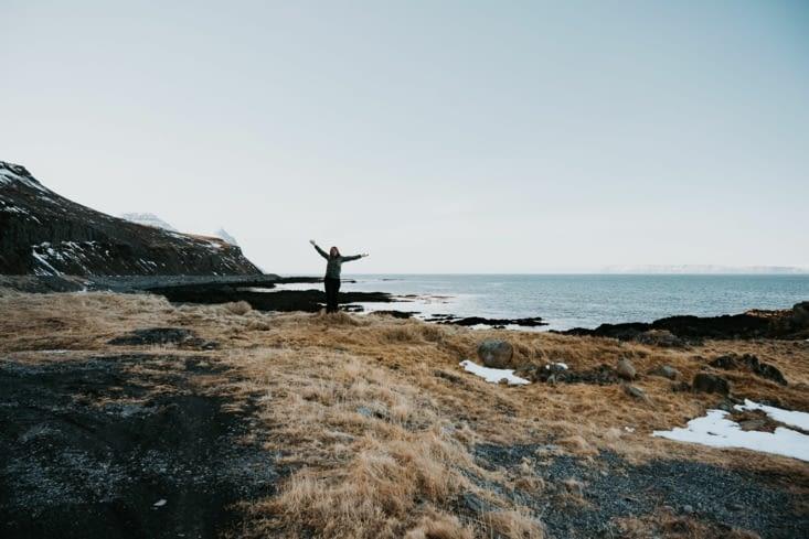 Derrière moi le Groenland