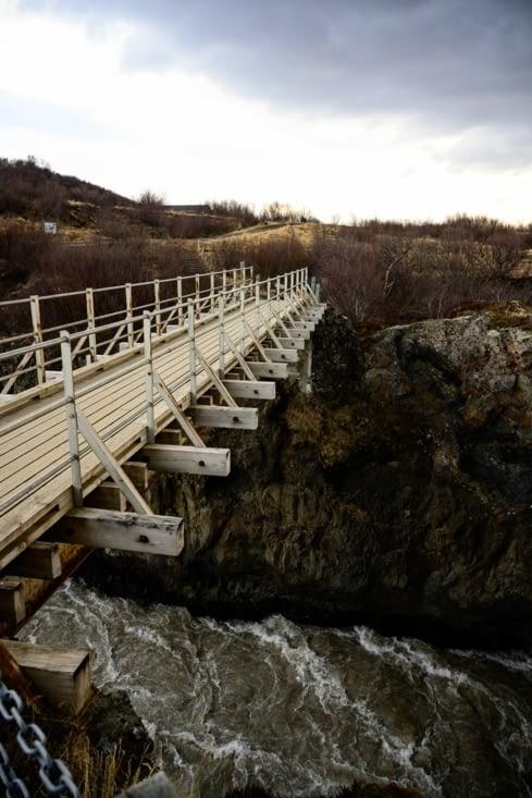 Pont au dessus Hvítá