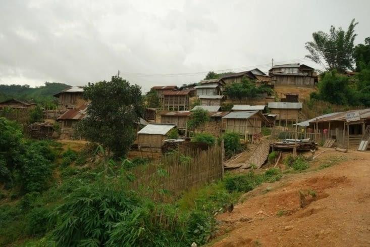 Le village des Akha Yaer / Akha Yaer village